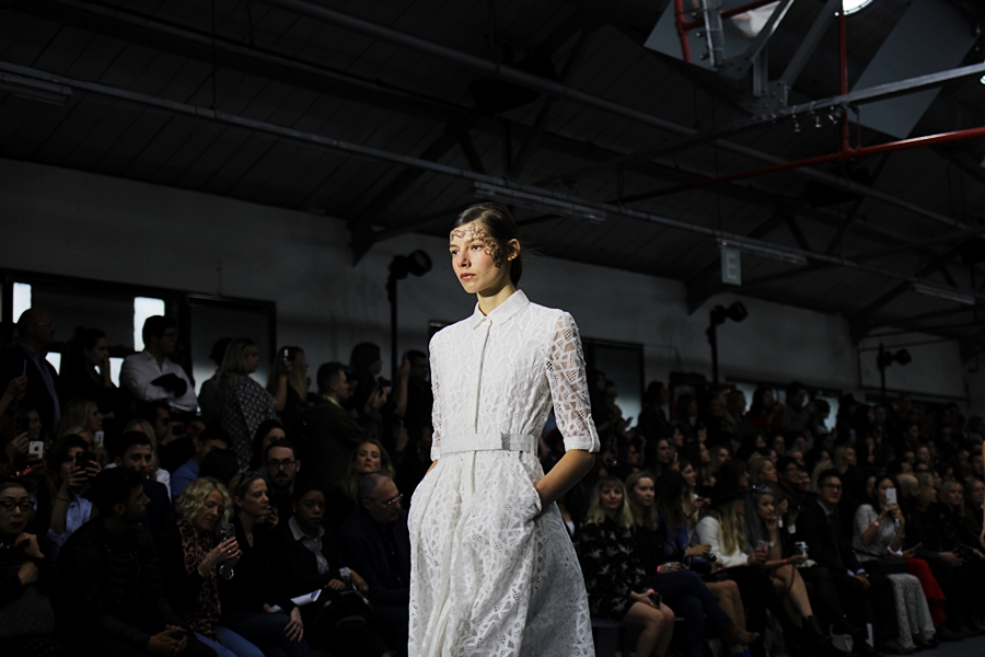 bora aksu london fashion week ss16 all white