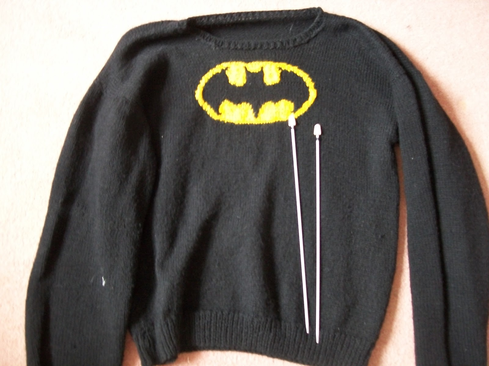 Knitting Pattern Batman Jumper : Batman Knitting Pattern