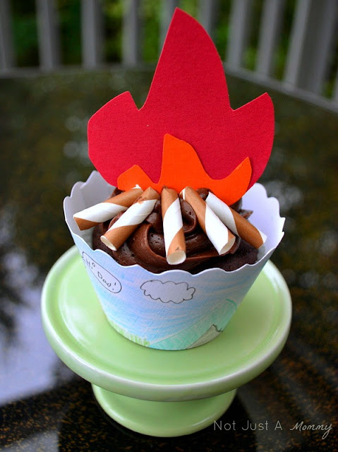 Back to school Bella Cupcake Couture blog party camping cupcake