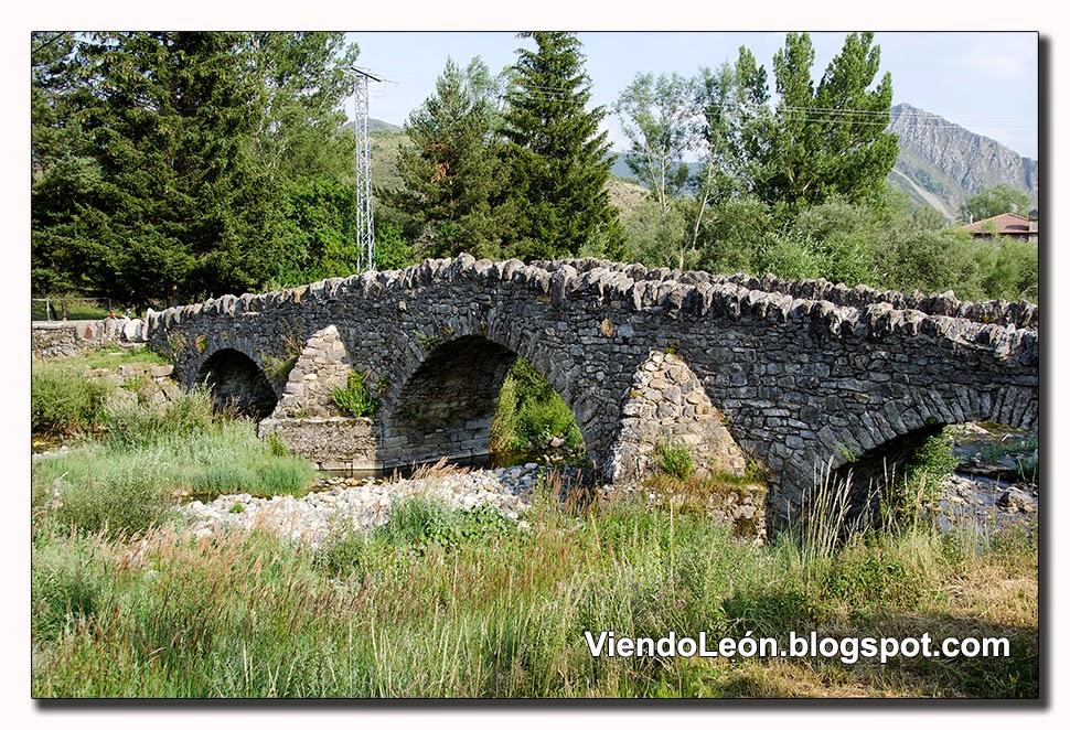 http://viendoleon.blogspot.com.es/2014/11/puente-de-lugueros-leon.html