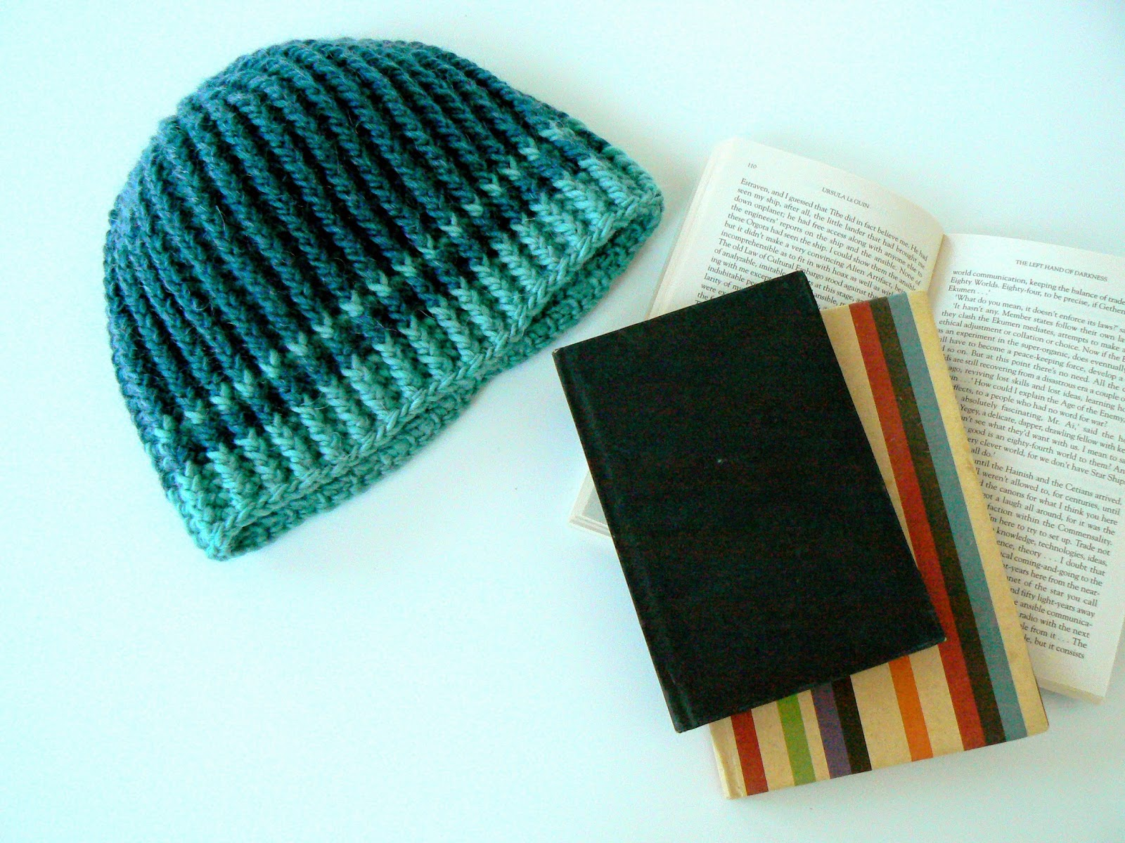 Little Crochet: Christmas Gifts - Cabled Crochet Hat