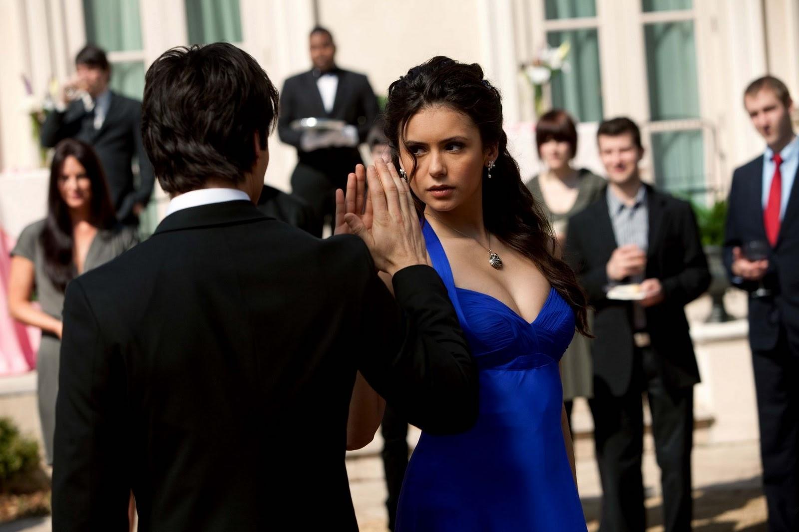 http://2.bp.blogspot.com/-qRqOZmGS7Hg/Tx3wqcT7G7I/AAAAAAAACeM/wLy3KywBlVo/s1600/elena+gilbert+nina+dobrev+the+vampire+diaries+diarios+de+um+vampiro+vestido+azul+blue+dress+1x19+capitulo+fashion+moda+estilo+gabby+gabbyestevao+gabby_estevao+blog+%25285%2529.jpg