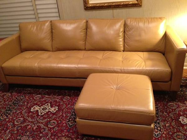 loveseat facebook free couches thefreecouchesofcraigslist media the and of craigslist id sofa home