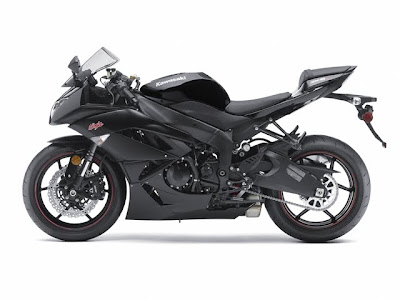 2011 Kawasaki Ninja ZX-6R Side View Pictures