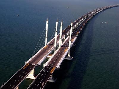 สะพานไห่วานสะพานที่ยาวสุดในโลก(41.58 กิโลเมตร)