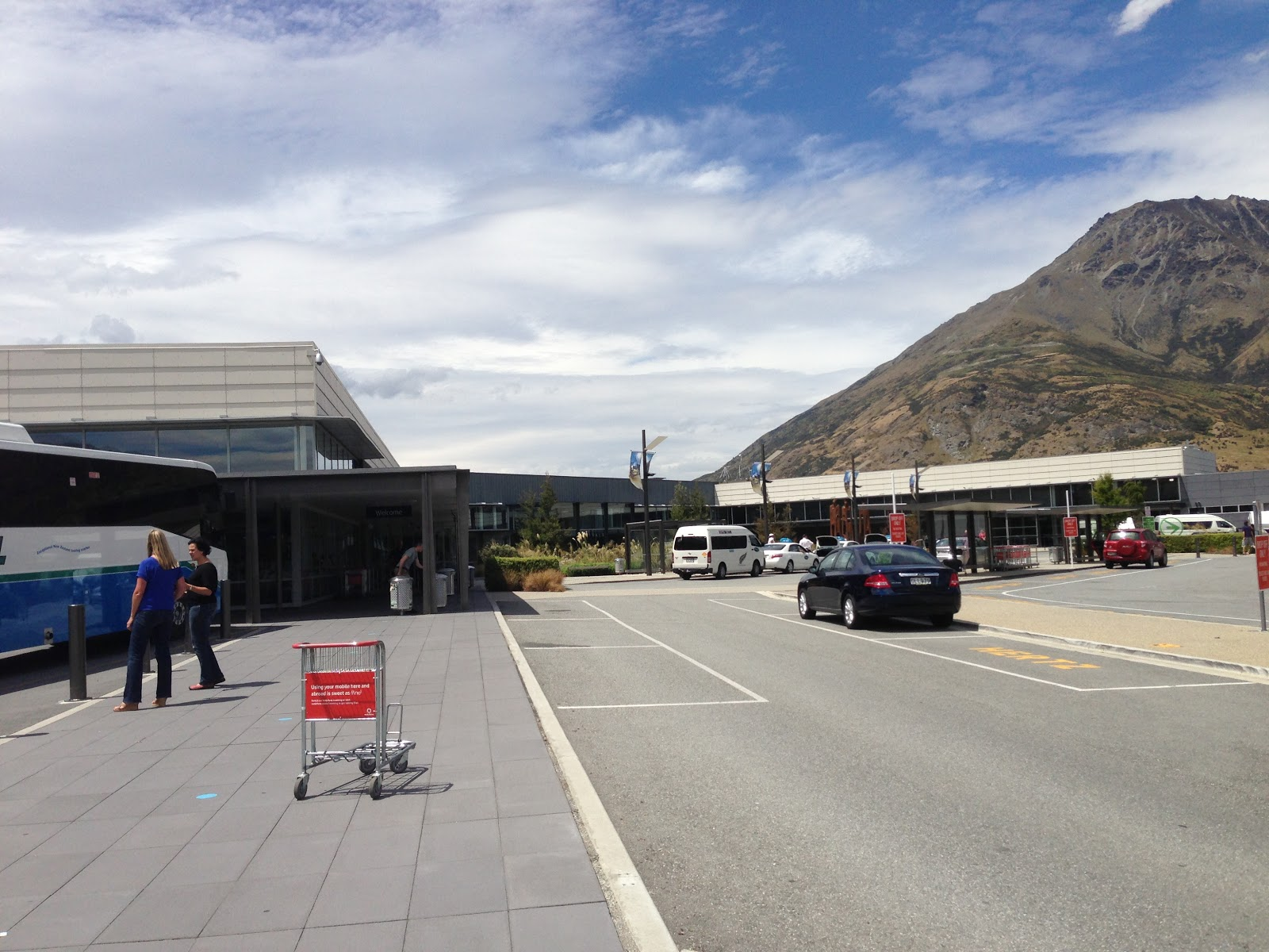 queenstown airport arrivals from sydney - photo#19