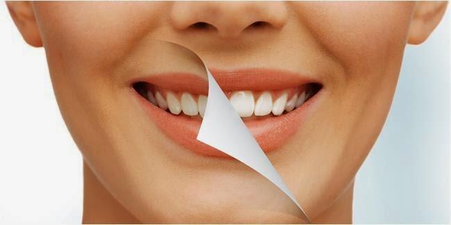 """<b><a href=""""http://spoweck.blogspot.com"""">bleaching</a></b>"""