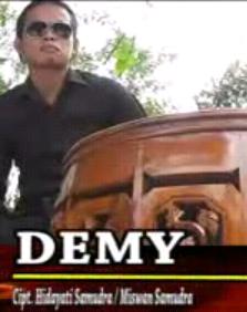 Nono Watese - Demy