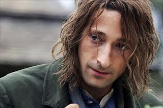 Adrien Brody dans Le Village, de M. Night Shyamalan (2004)