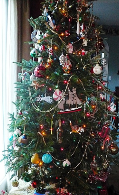 How to create a family museum christmas memories