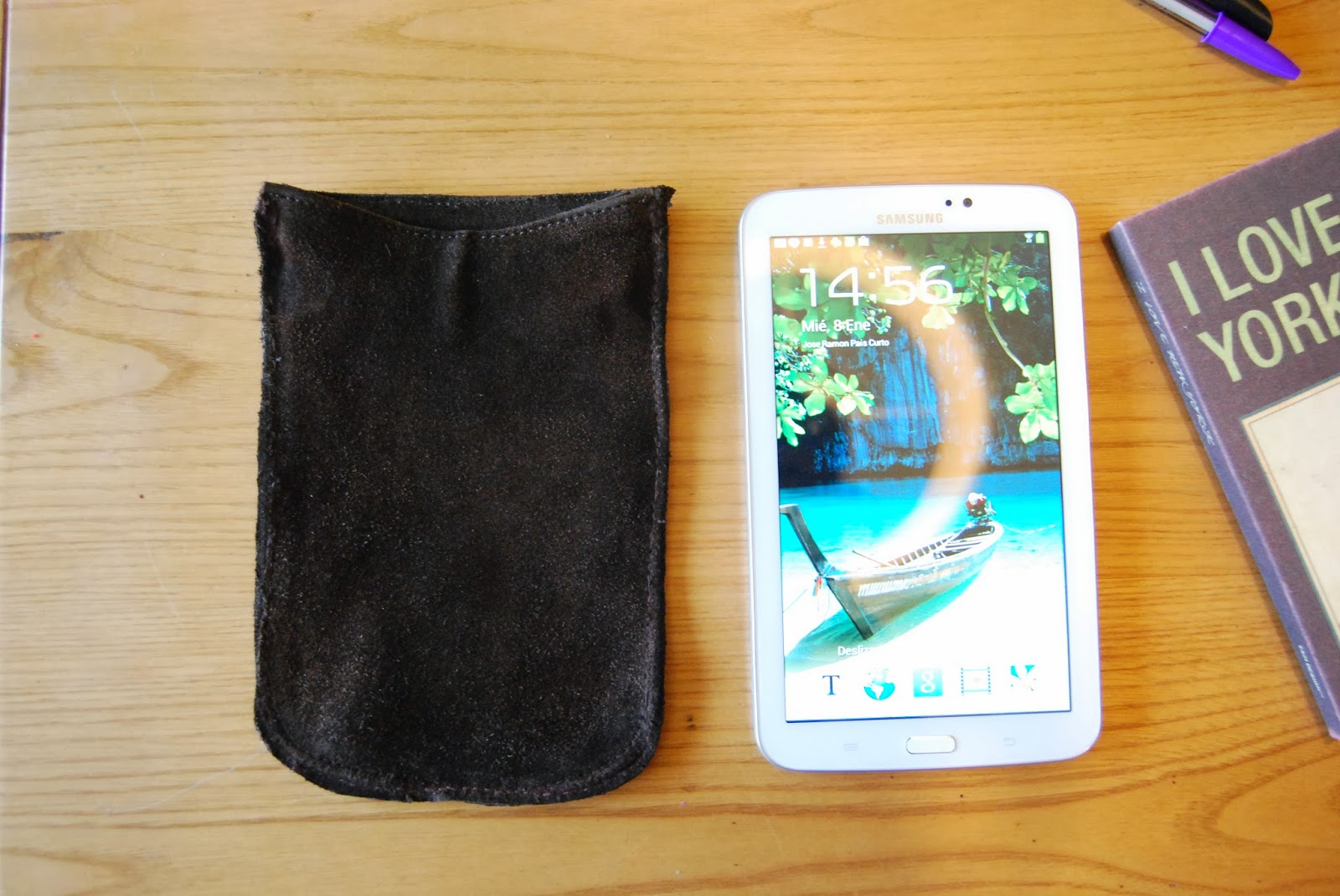 http://sosunnyblog.blogspot.com.es/2014/01/funda-para-tablet-recicladisima-diy.html