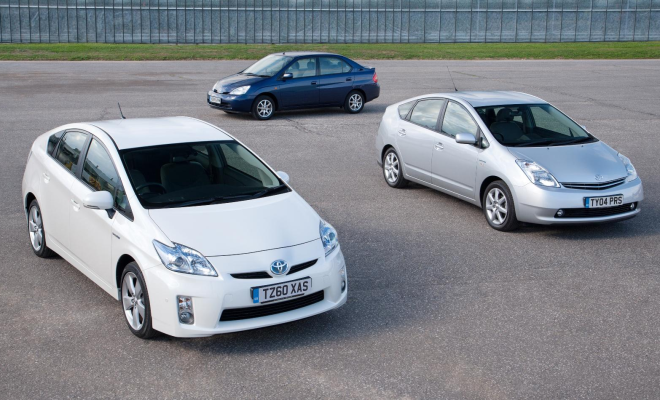 Toyota Prius old and new