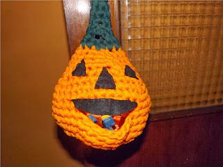 Bolso-calabaza de ganchillo para halloween
