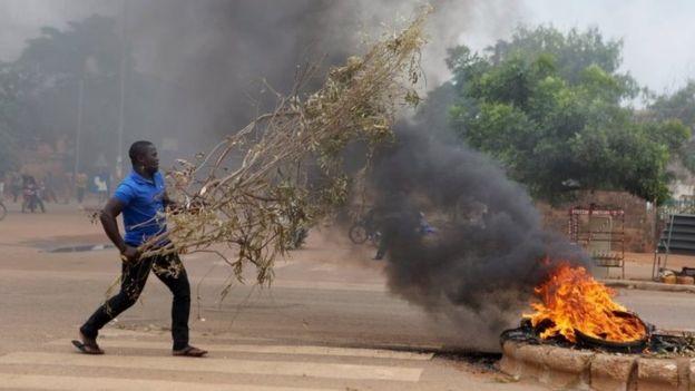Burkina Faso coup leaders 'free President Kafando'