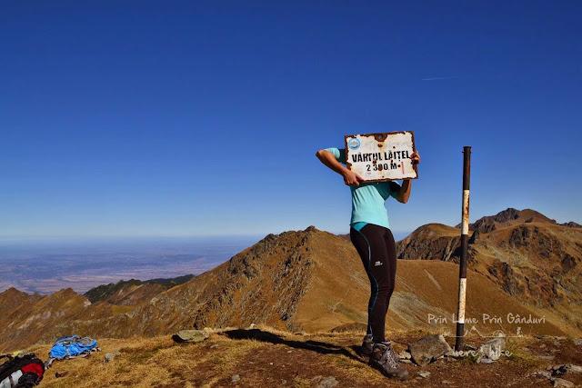 negoiu-peak-hike-laitel-peak