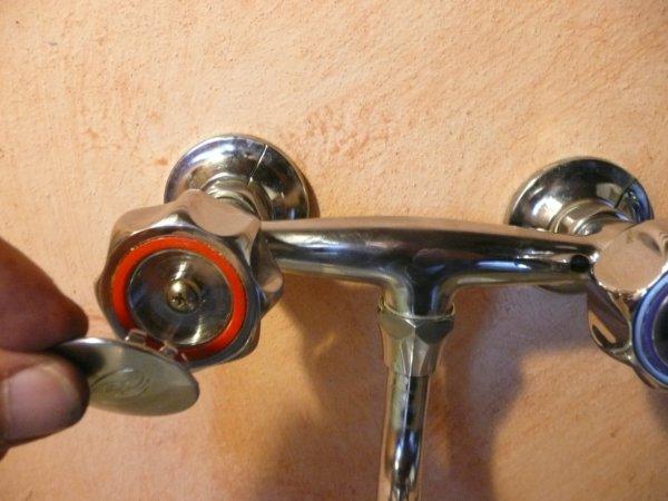 Ecomondo: come smontare e riparare un rubinetto dellacqua