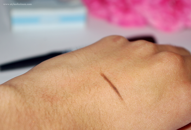 NYX Auto Eyebrow Pencil Swatch