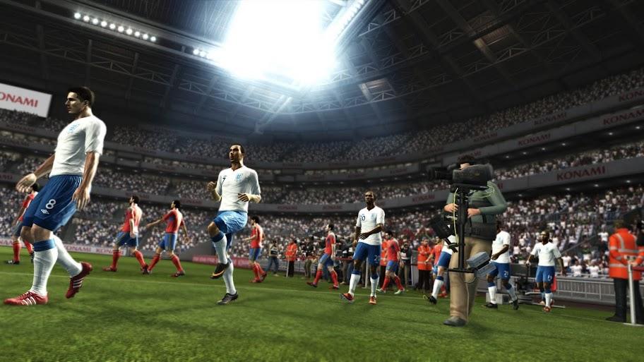 Pro Evolution Soccer 2013-SKIDROW - IDUP.IN