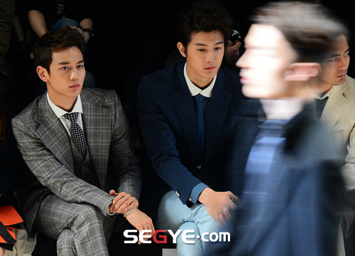 Shinee Minho Seoul Fashion Week 130326