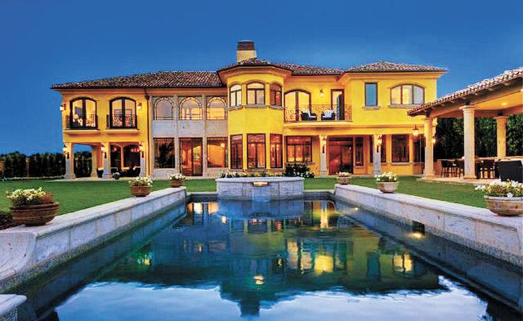 El lujo de las mansiones de los famosos casas bolivia for Casas mansiones de lujo