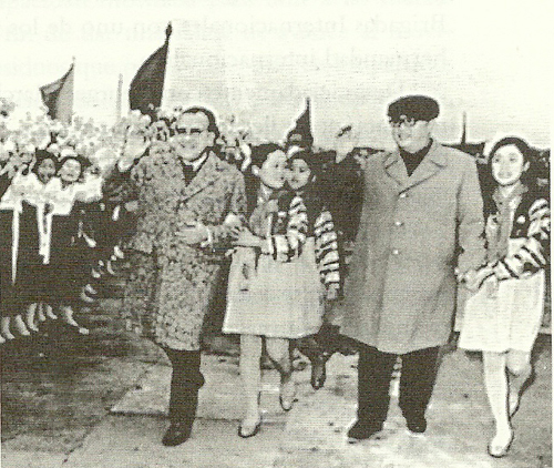 Santiago carrillo en Corea del norte Carrillo+ykim0001