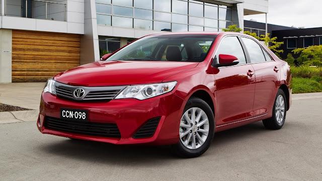 Toyota Camry - Những xe ô tô bán chạy nhất Việt Nam 2012