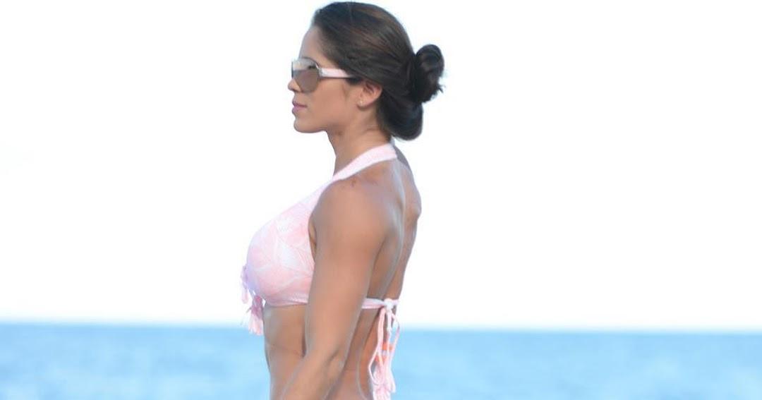Laurent Ruquier troubl par une actrice en bikini: Ses