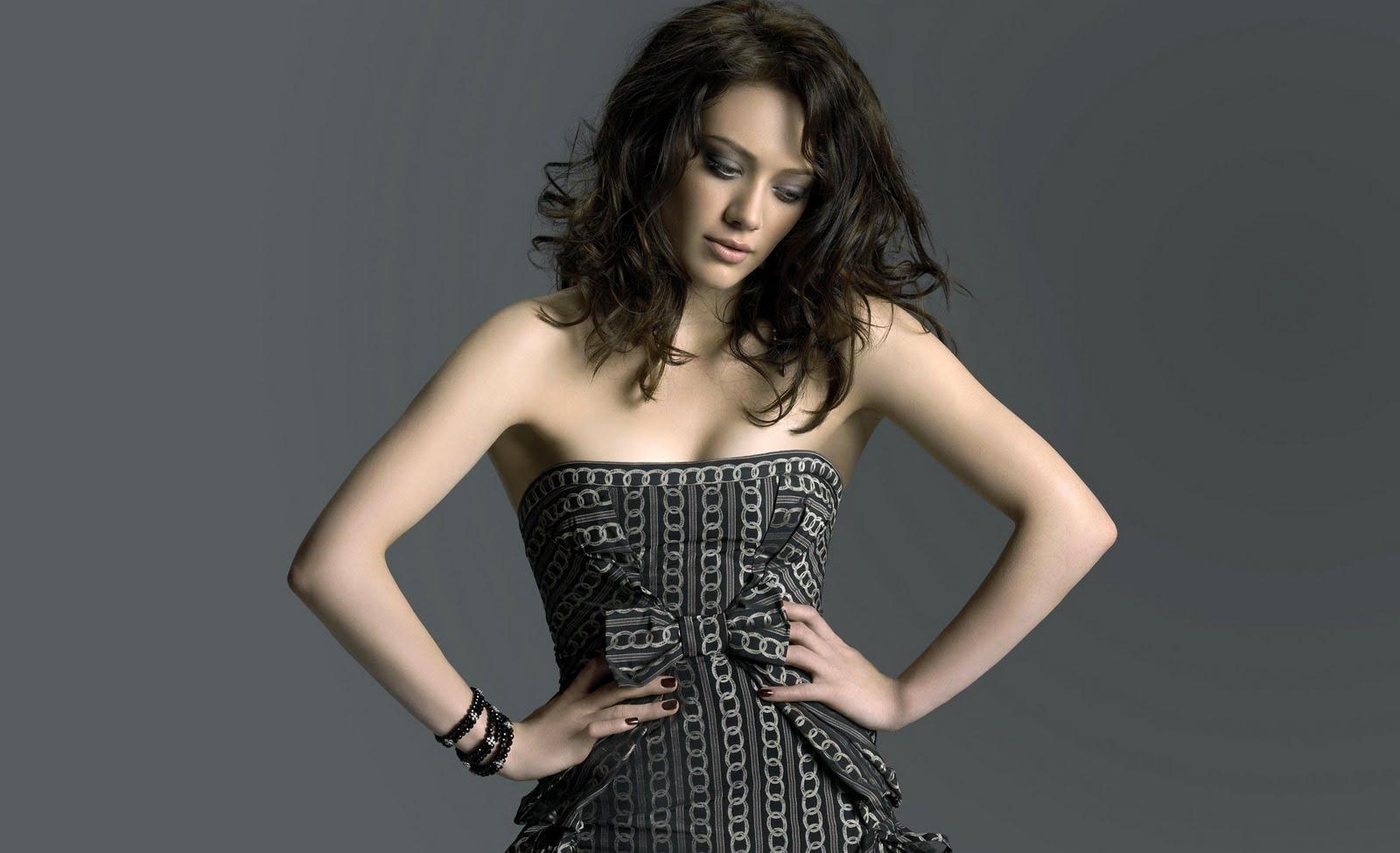 http://2.bp.blogspot.com/-qUFYphl_dhk/TprGvrhnlaI/AAAAAAAAGEg/BmED2F00rkk/s1600/Hilary-Duff%2B%252811%2529.jpg