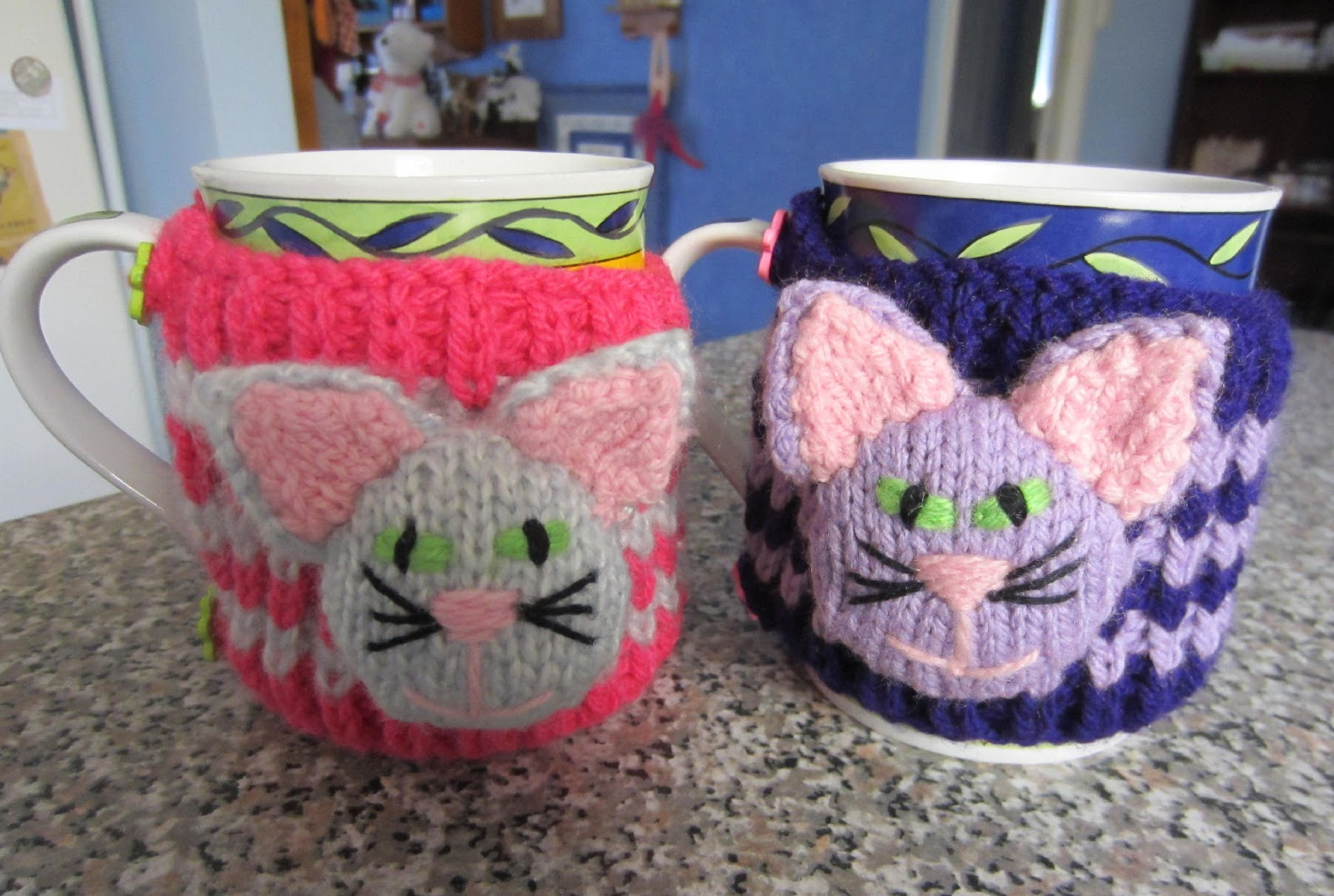 Justjen-knits&stitches: Reindeer Christmas Cup Cosy