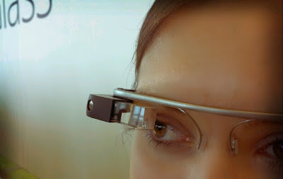 Google Glass - Features & Reviews