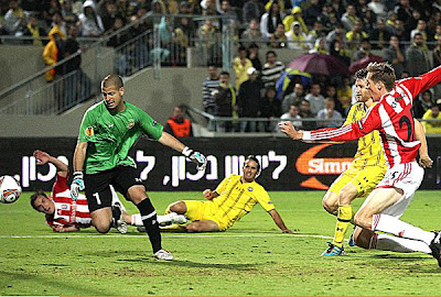 Maccabi Tel Aviv 1 - 2 Stoke City (2)