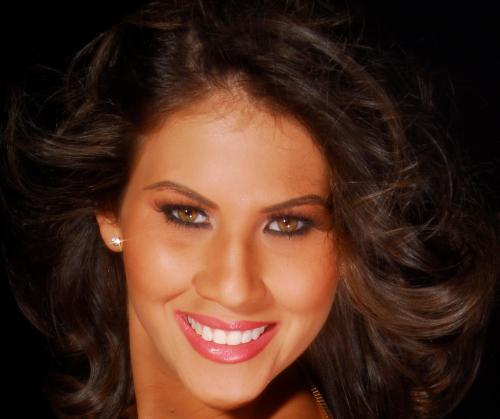 Miss Universe Aruba 2012 Liza Nerelyn Helder