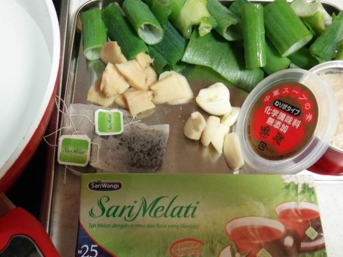 お手軽 海南鶏飯(ハイナンチーファン)の作り方