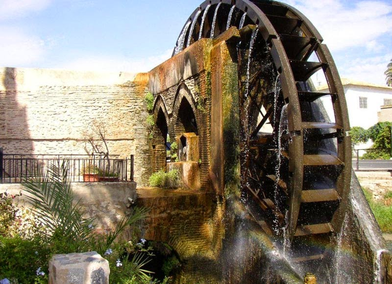 El agua en el mundo rabe for Piscina alcantarilla