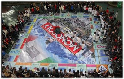Monopoly tour
