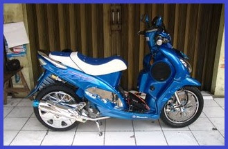 Modifikasi Yamaha Mio Sporty_Racing Elegant - Kumpulan Gambar Modifikasi Motor.3.jpg