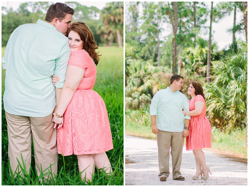 riverbend jupiter florida engagement photo