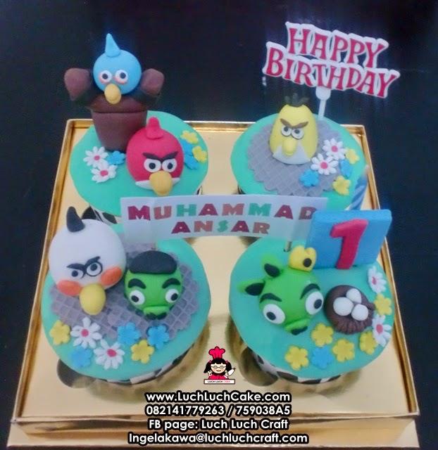 Cupcake Angry Bird Lucu