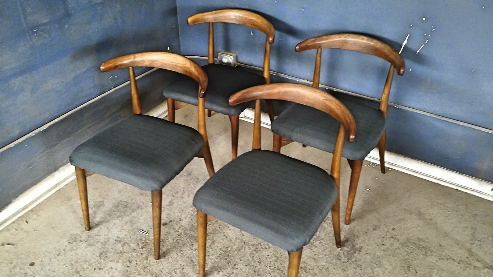 Set Of Four Mid Century / Danish Modern Dining Chairs