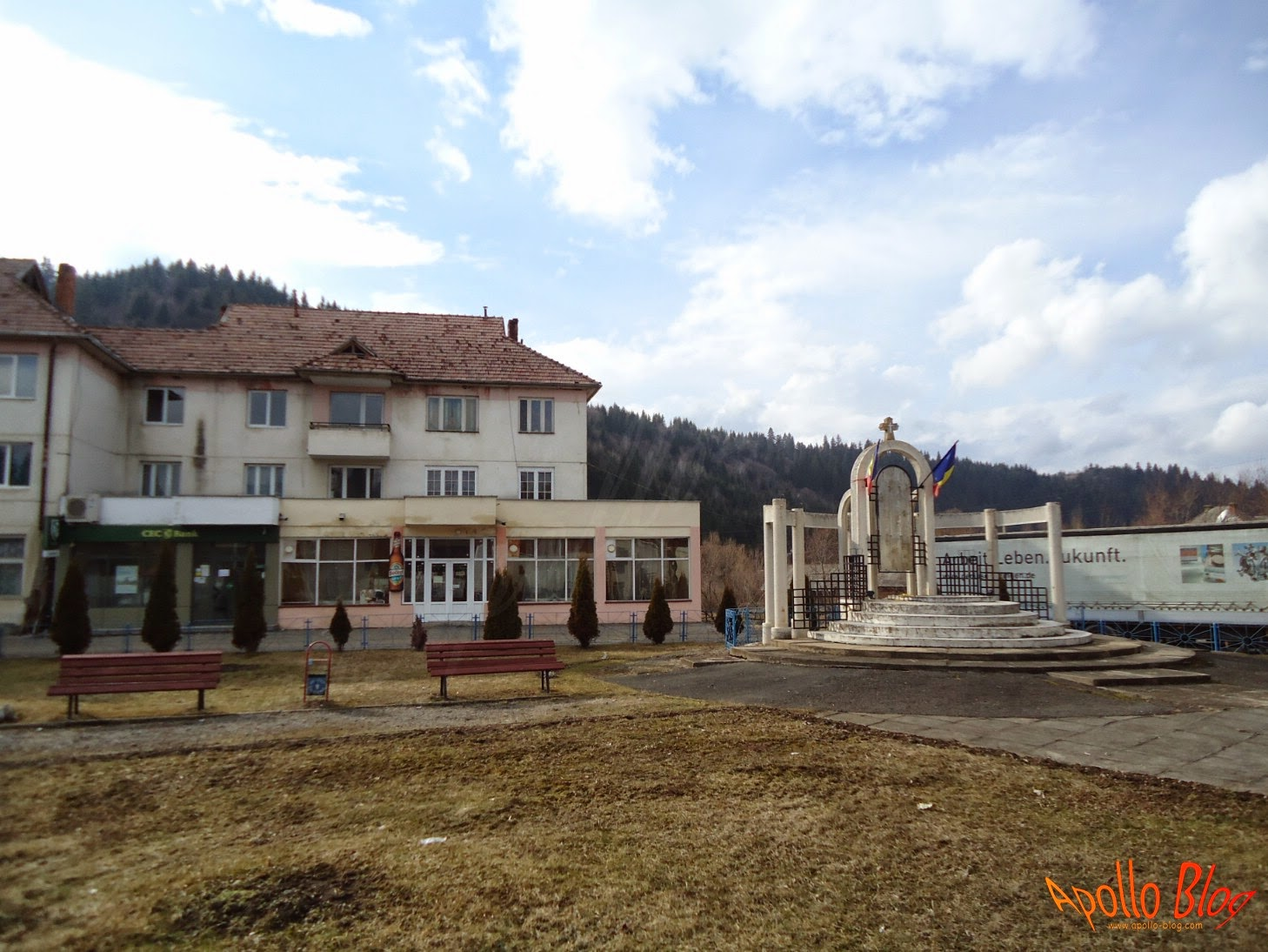 Monumentul Eroilor Sarmas