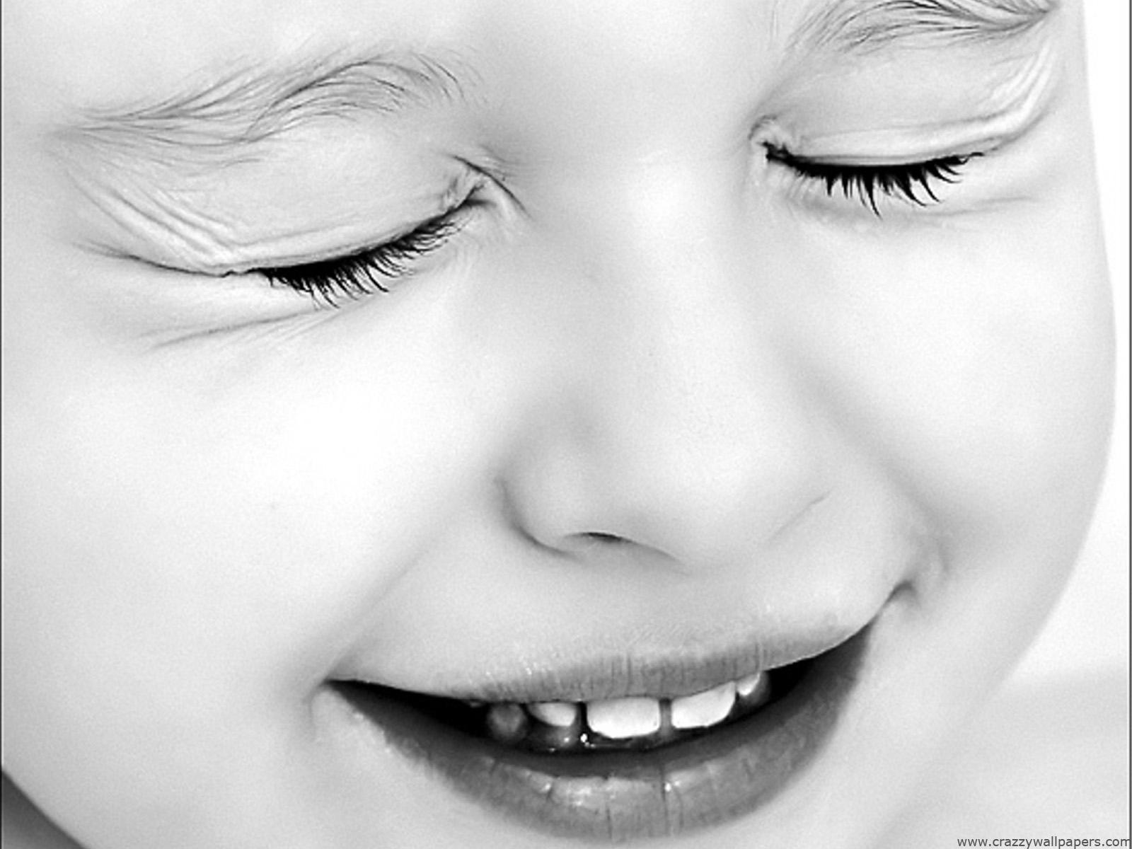 http://2.bp.blogspot.com/-qW8gAGzqFj4/UOmY5DZ450I/AAAAAAAADcc/yMN5Bo6S8Ok/s1600/cute_baby_black_and_white-normal.jpg