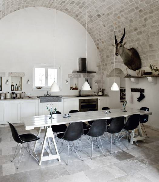 italian home interior design 2. Castle  in Italy as a Stylish Summer Home Interiors and Design