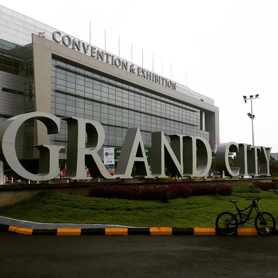 Grand City Surabaya Pasar Indonesia