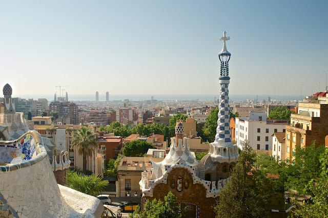 Park Guell, Barcelona, Spanyol, Eropa, Travelling, Wisata, Antoni Gaudi, The Greek atau Theatre Plaça de la Natura (Nature Square)
