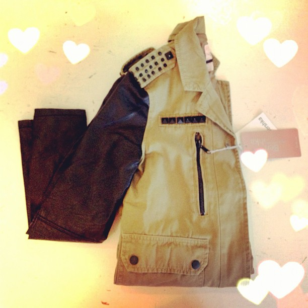 בלוג אופנה Vered'Style ג'קט צבאי Bershka