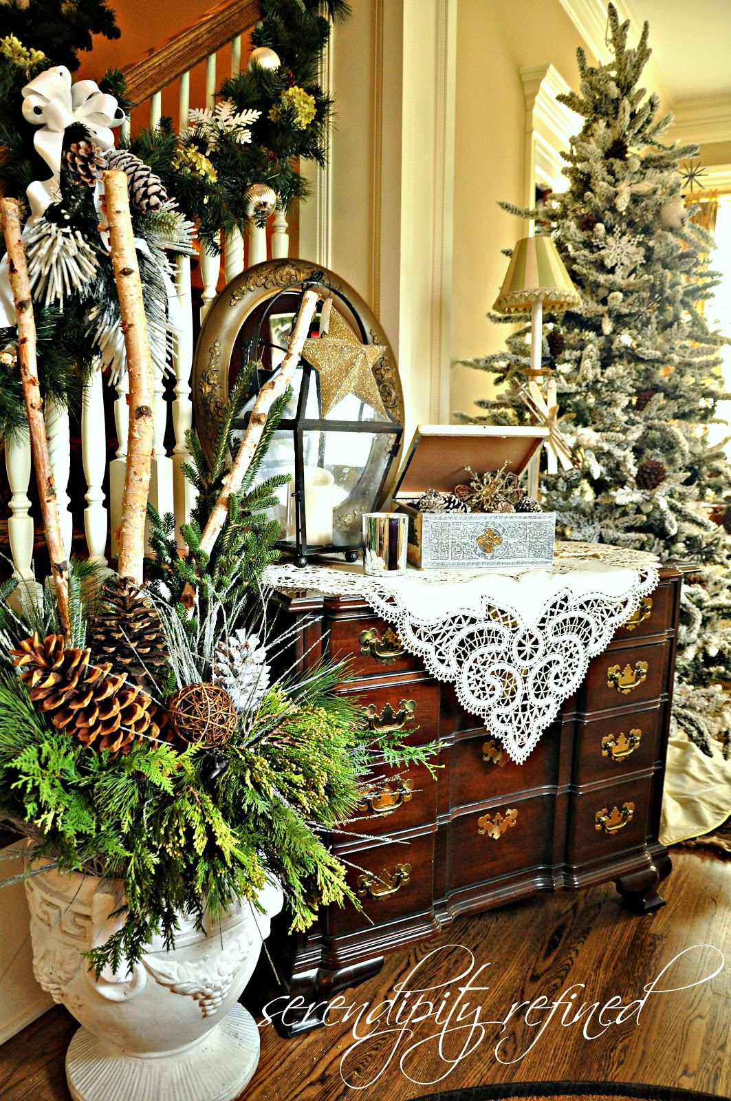 Serendipity refined blog 2012 holiday house walk stop 19 for Foyer christmas decorating ideas