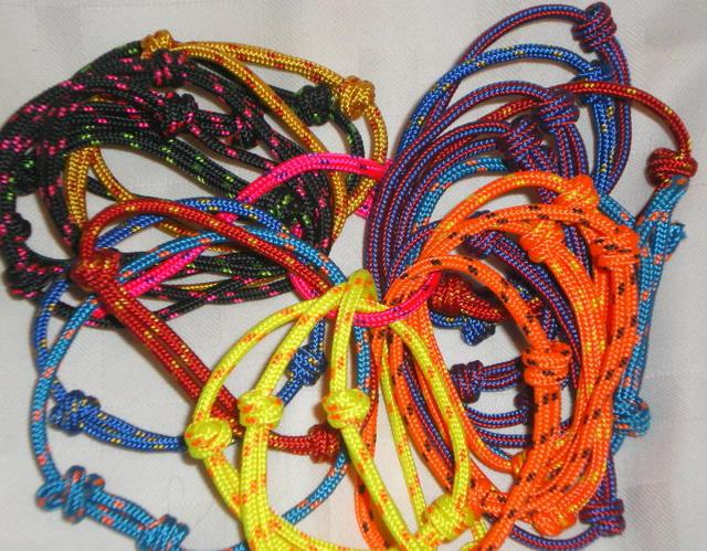 Modern curt mayo 2012 - Cuerdas de colores ...