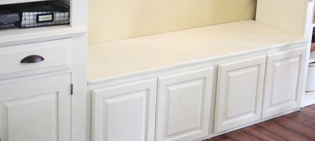 upper cabinets used as kitchen bench for eating nook via www.goldenboysandme.com