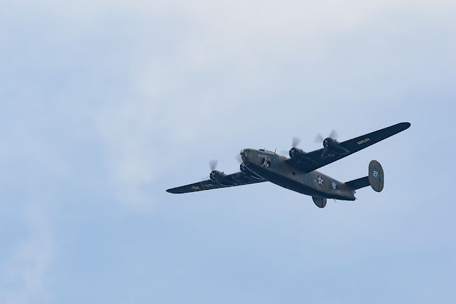 "Consolidated B-24 Liberator ""Diamond Lil"" - WWII Flyover"