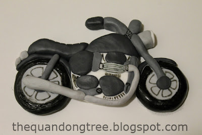 The quandong tree fondant motorbike cake topper for Motorbike template for cake
